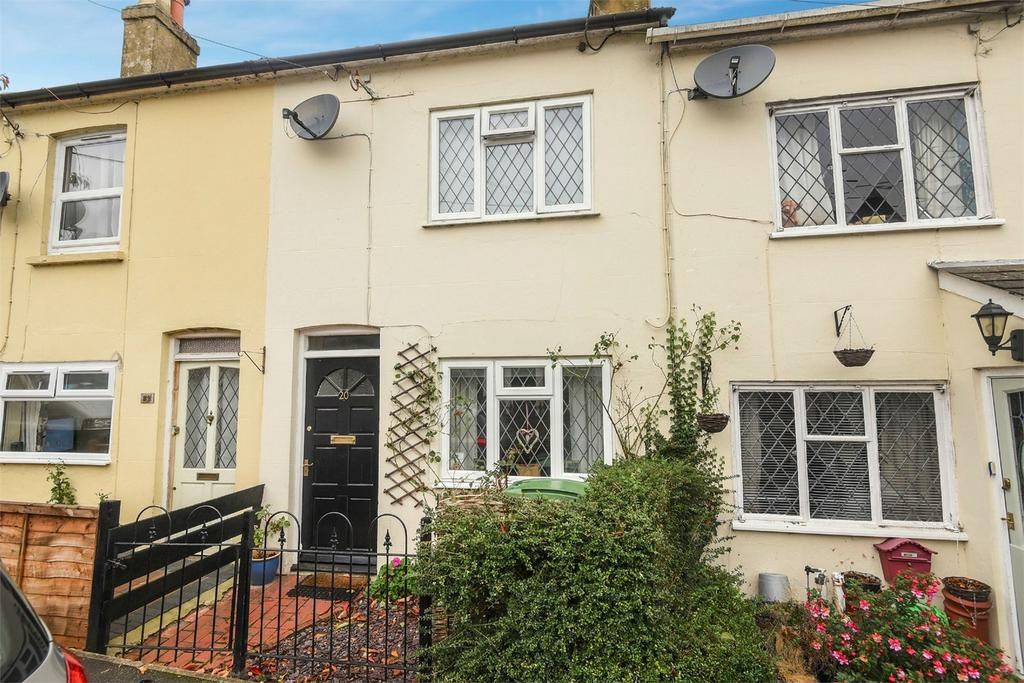 3 Bedrooms Terraced House for sale in Alton, Hampshire