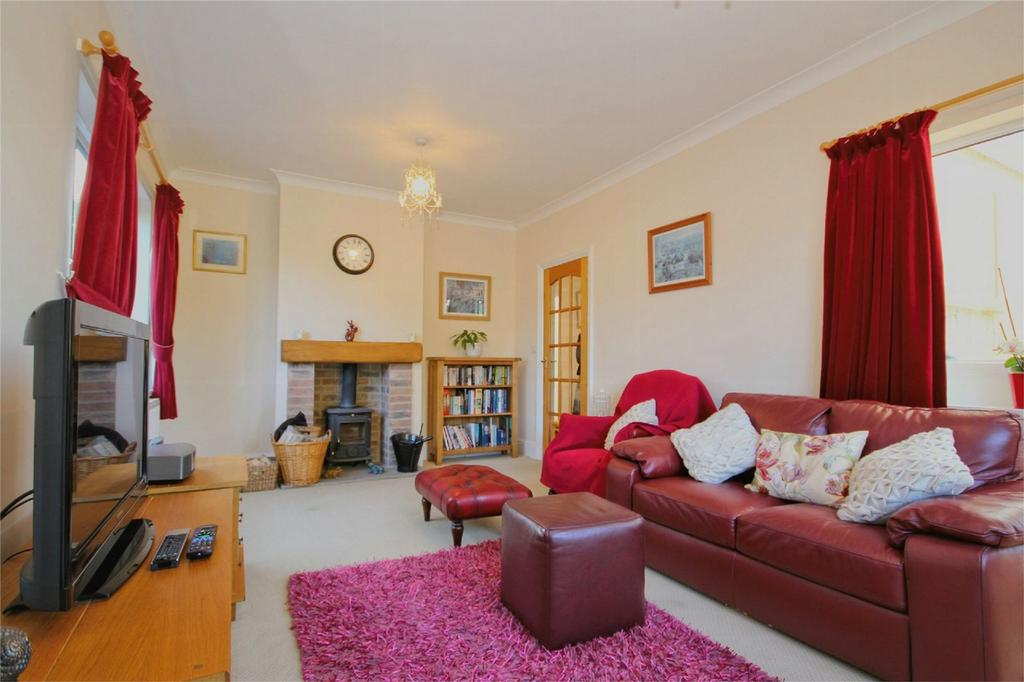 2 Bedrooms Detached Bungalow for sale in Southwood Avenue, Cottingham, East Riding of Yorkshire