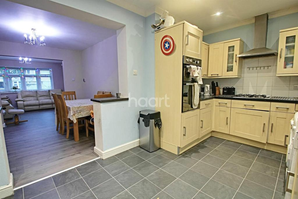 3 Bedrooms Terraced House for sale in Rosebank Avenue