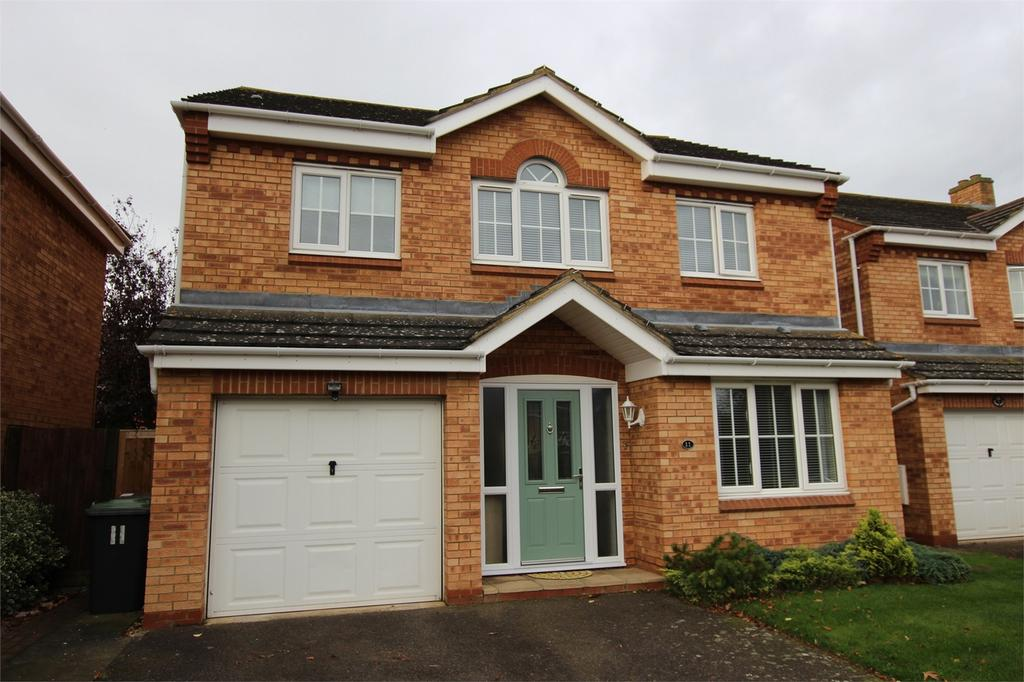 4 Bedrooms Detached House for sale in Poppy Field, Biggleswade, Bedfordshire