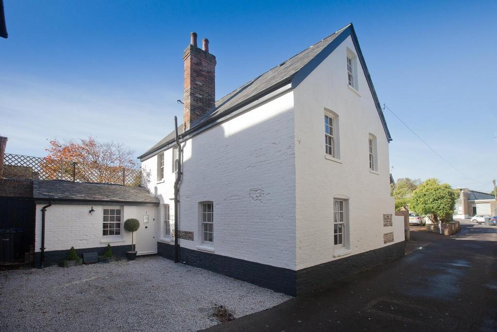 4 Bedrooms House for sale in Crow Lane, Wilton