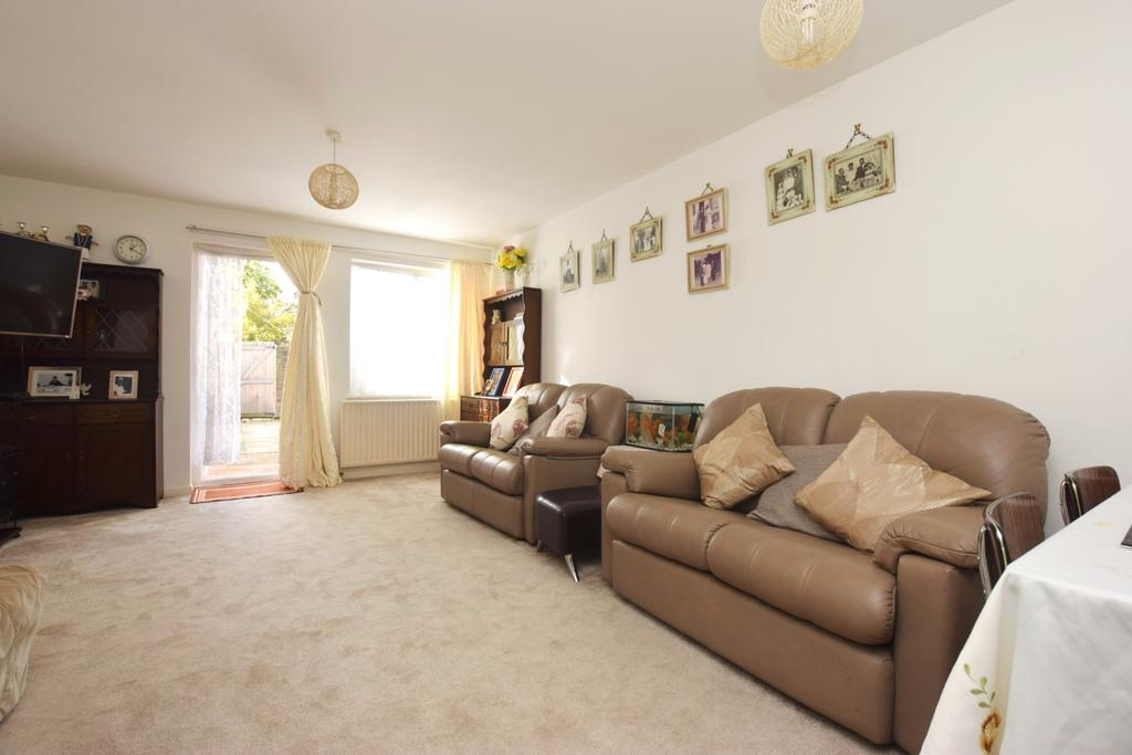2 Bedrooms Terraced House for sale in Mccall Close Clapham SW4