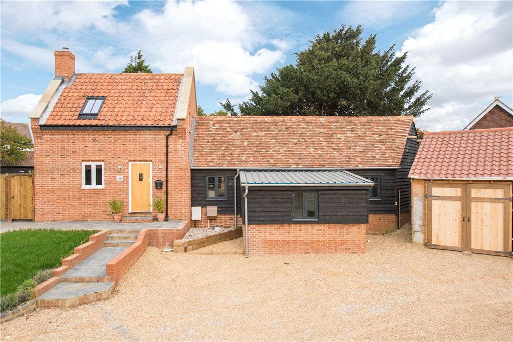 3 Bedrooms Detached House for sale in St. Johns Road, Moggerhanger, Bedfordshire