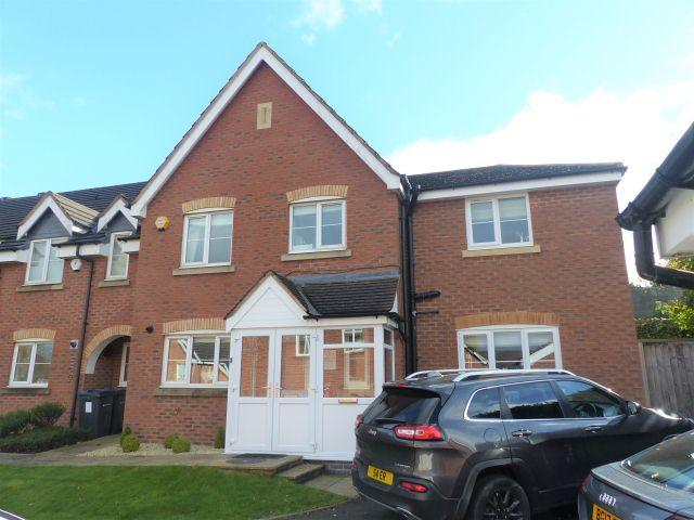 4 Bedrooms Semi Detached House for sale in Hillhurst Road,Sutton Coldfield,