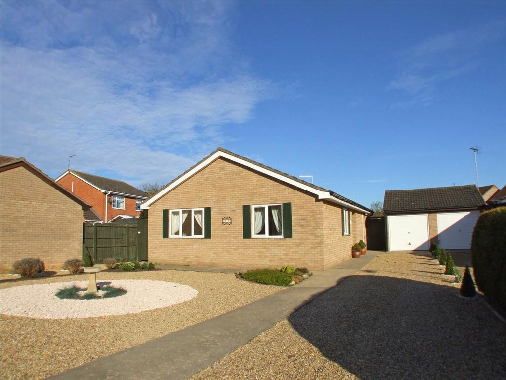 3 Bedrooms Detached Bungalow for sale in Florence Way, Market Deeping, Peterborough, PE6