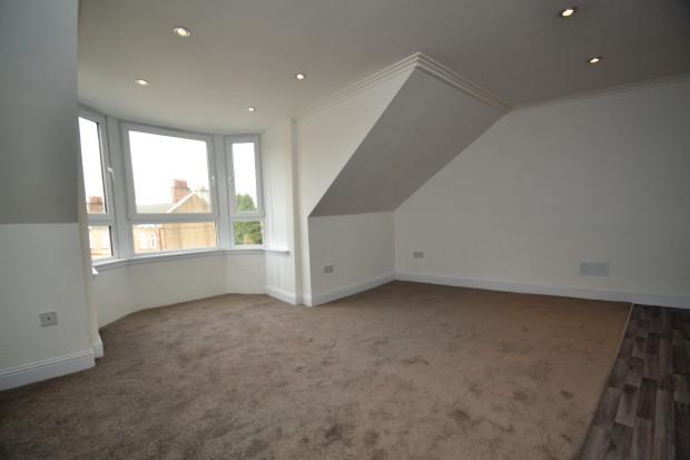 2 Bedrooms Flat for sale in Craighead Street, Barrhead, G78