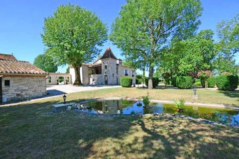 8 bedroom country house  - Near Montcuq, Lot, South West France