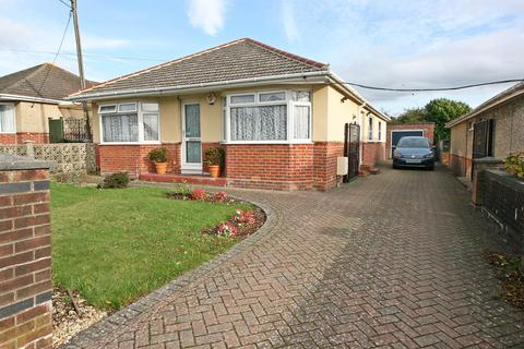 3 bedroom detached bungalow for sale - The Grove, Sholing, Southampton, SO19 9LX