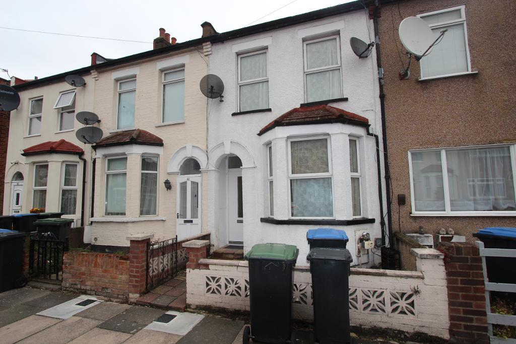 3 Bedrooms Terraced House for sale in King Edwards Road, Enfield, EN3 7DA