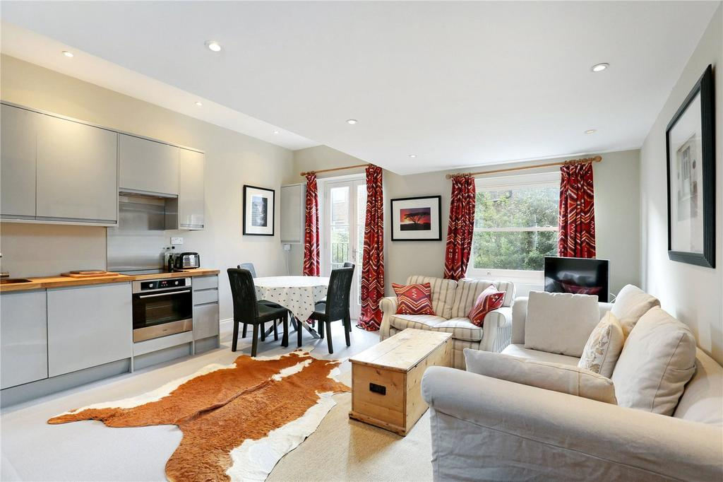 2 Bedrooms Flat for sale in Halford Road, London, SW6