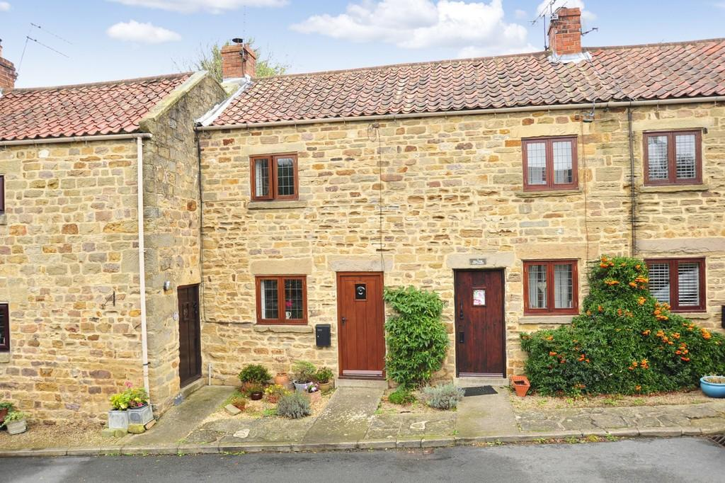 2 Bedrooms Cottage House for sale in Main Street, Scotton