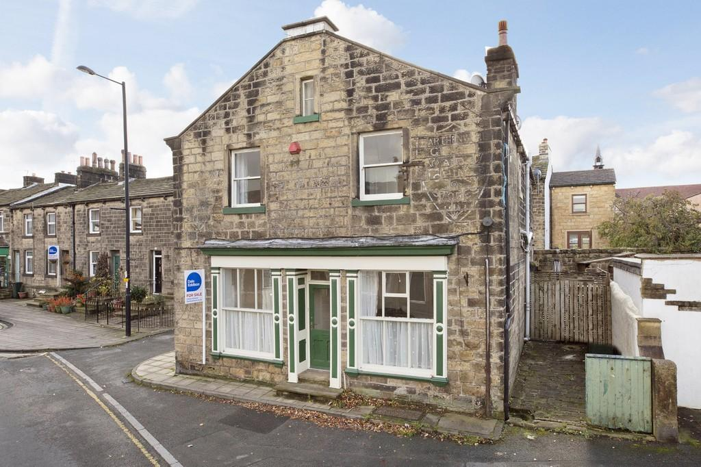 3 Bedrooms Semi Detached House for sale in Main Street, Burley in Wharfedale