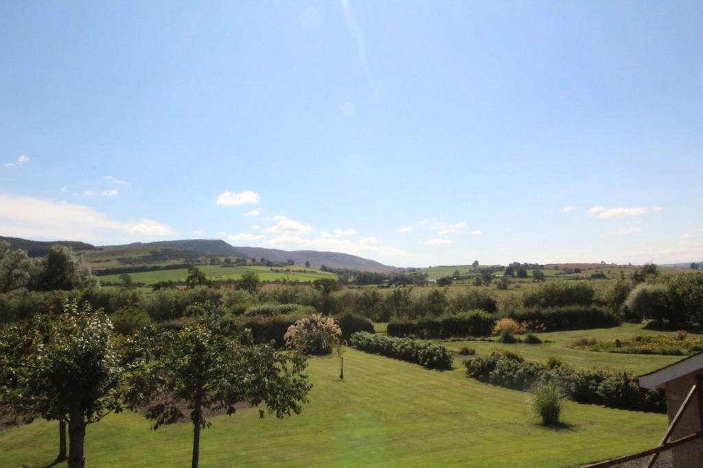 4 Bedrooms Detached Bungalow for sale in Burnside, Thropton