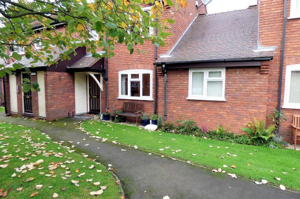 2 Bedrooms Apartment Flat for sale in Station Road, Barton Under Needwood