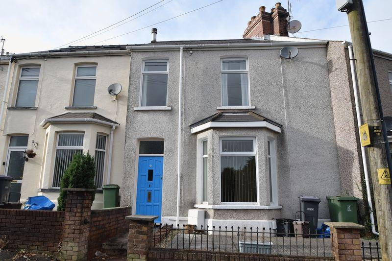 2 Bedrooms Terraced House for sale in Church Road, Pontnewydd, Cwmbran