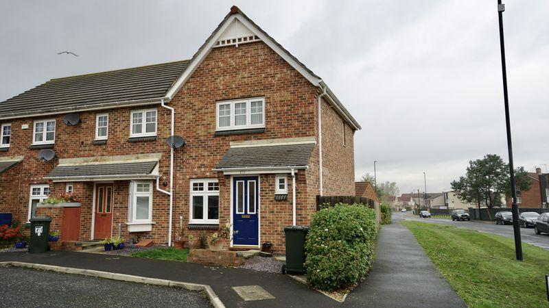 2 Bedrooms Semi Detached House for sale in CHESTERS AVENUE Longbenton