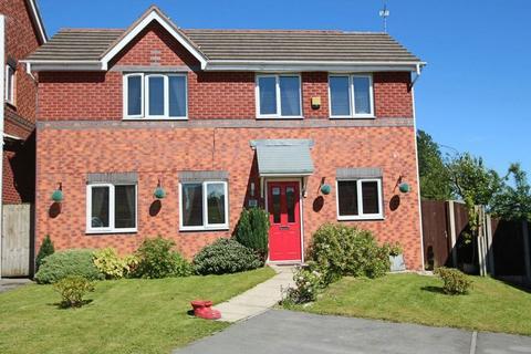 3 bedroom property to rent - Brownrigg Close, Middleton M24 4BU