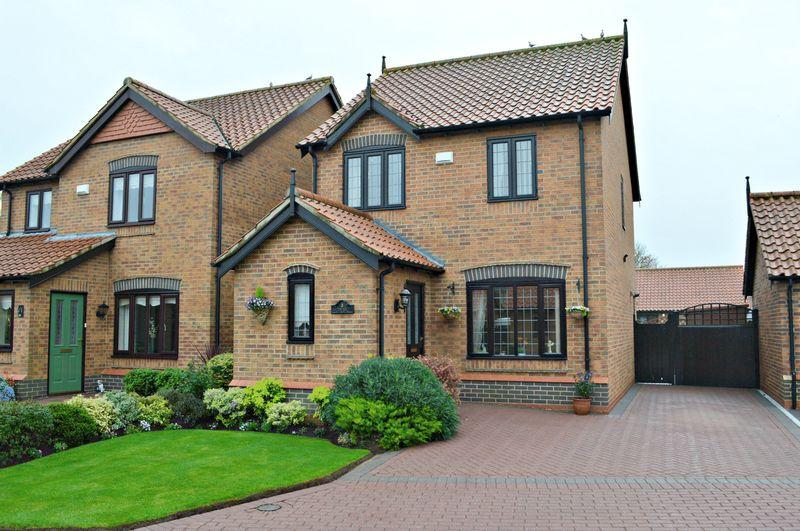 3 Bedrooms Detached House for sale in St Peters Orchard, Barton-Upon-Humber