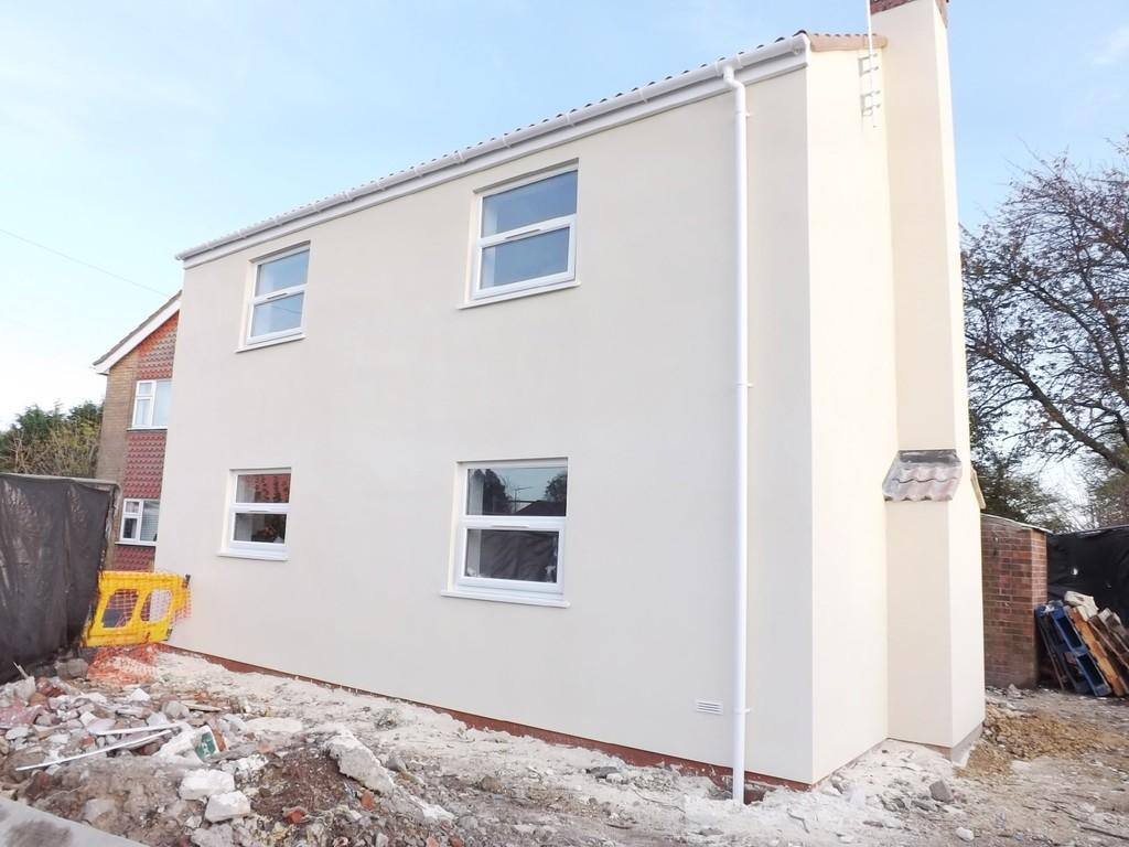 2 Bedrooms Detached House for sale in Holbeach Bank