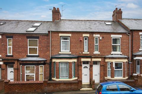 2 bedroom terraced house for sale - Siward Street, York, YO10