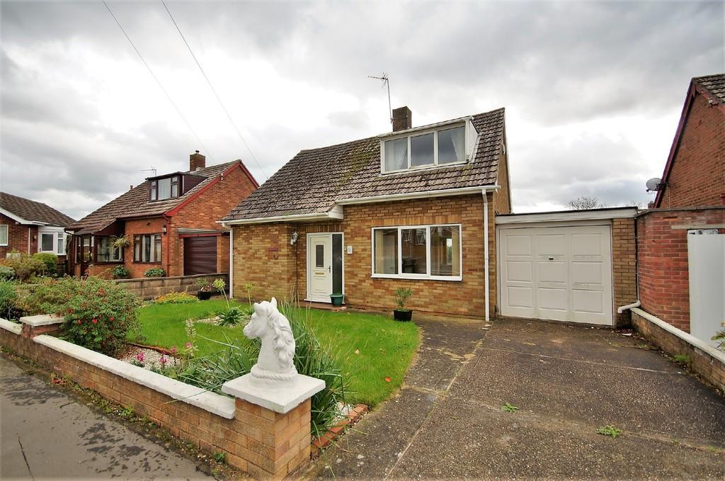 2 Bedrooms Detached House for sale in Sycamore Close, Cherry Willingham