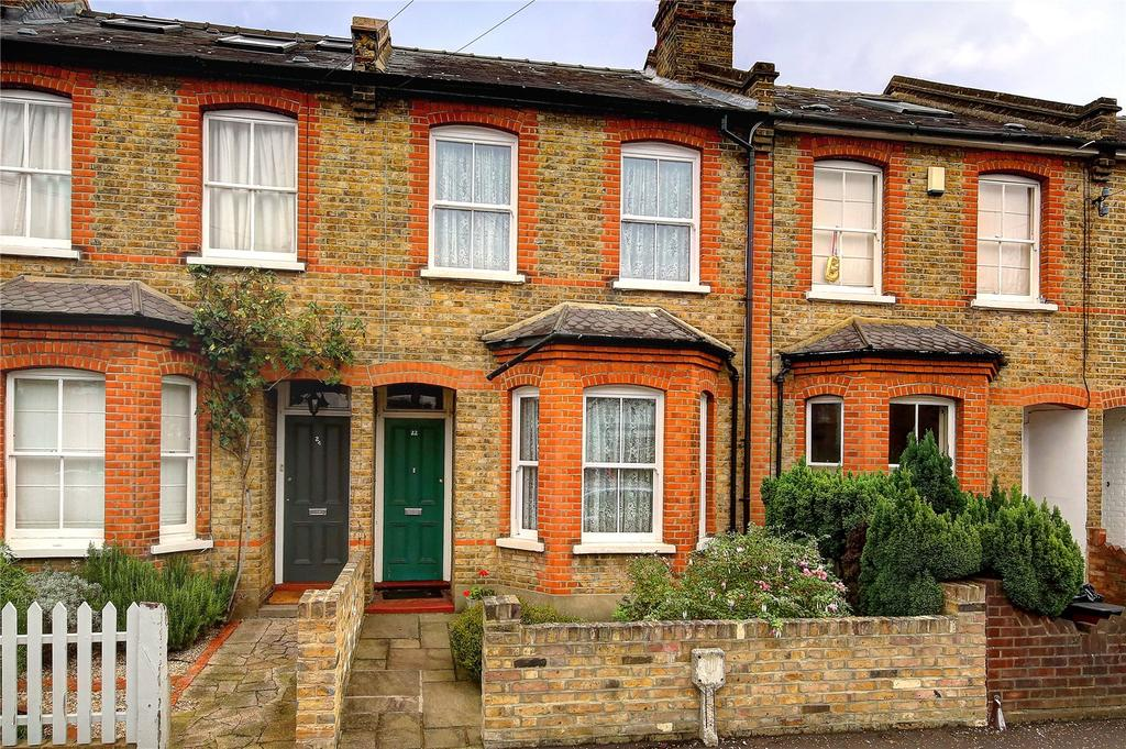 2 Bedrooms Terraced House for sale in Arlington Road, Teddington, TW11