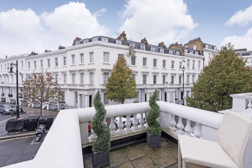 2 Bedrooms Flat for sale in Denbigh Street, SW1V