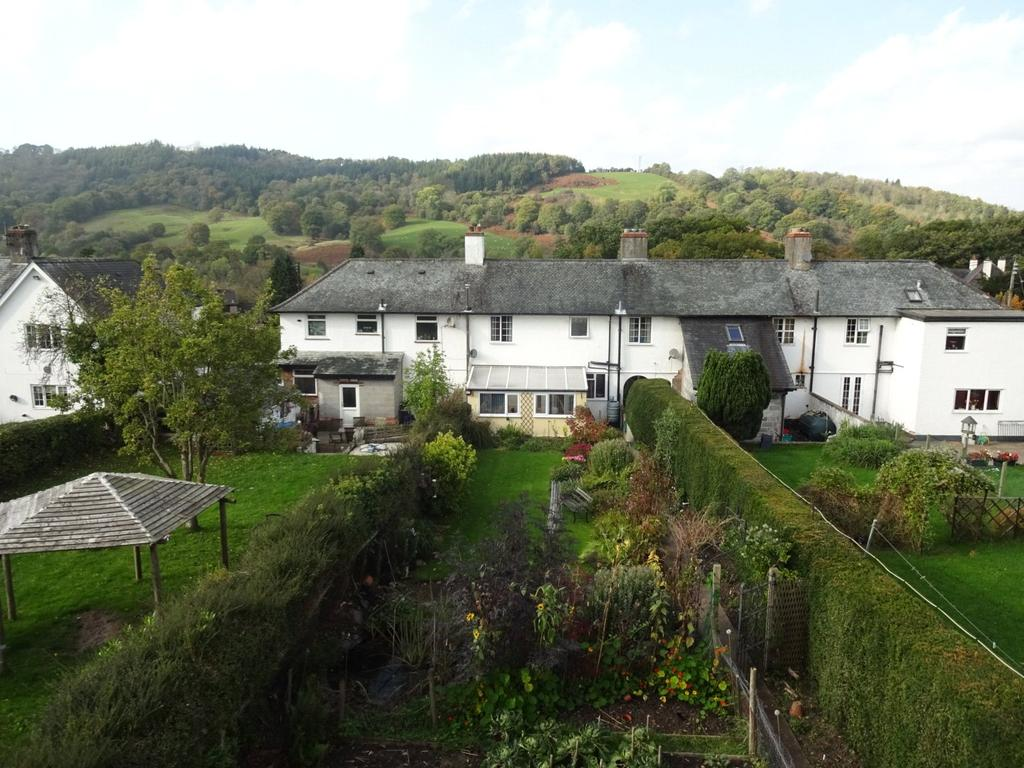 3 Bedrooms Terraced House for sale in Trewen, Llandinam, Powys