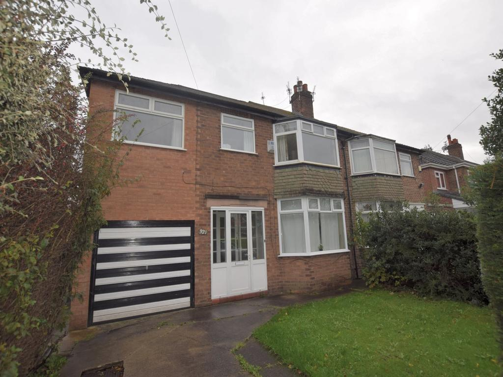 5 Bedrooms Semi Detached House for rent in Withington Road, Manchester