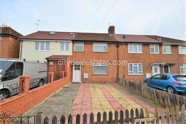2 Bedrooms Terraced House for sale in Cowgate Road, Greenford UB6 8HH
