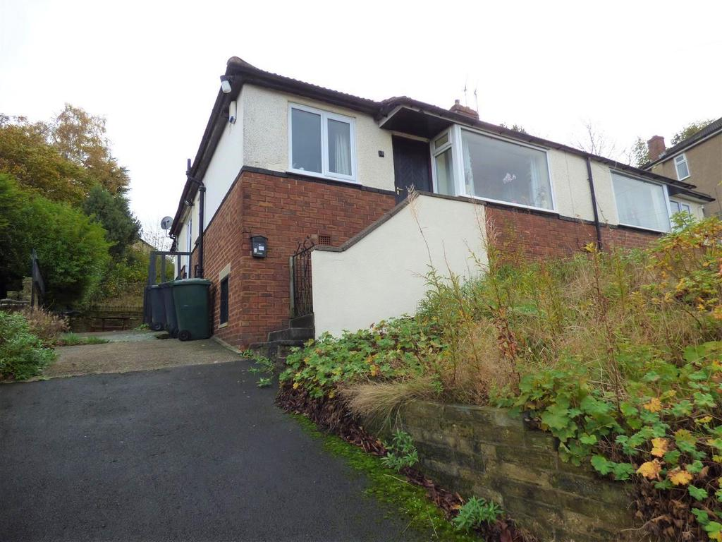 2 Bedrooms Semi Detached Bungalow for sale in Derwent Road, Eccleshill, Bradford, BD2 4HR