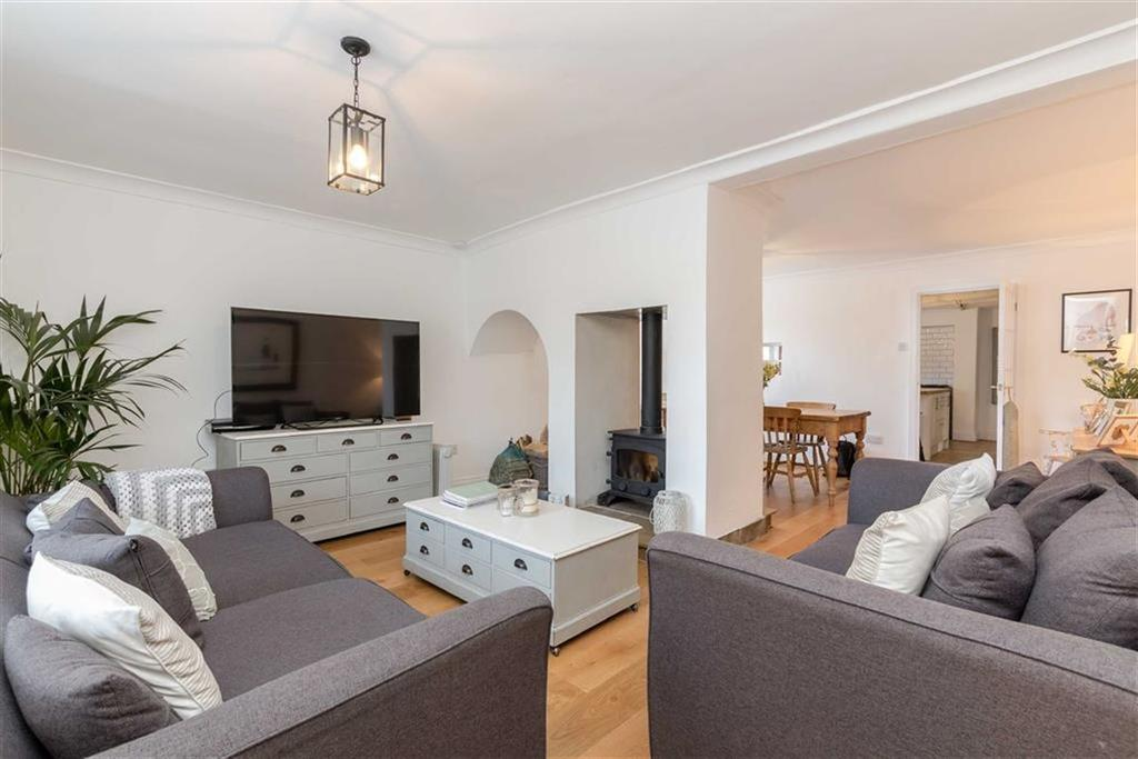 3 Bedrooms End Of Terrace House for sale in Leven Wynd, Stokesley