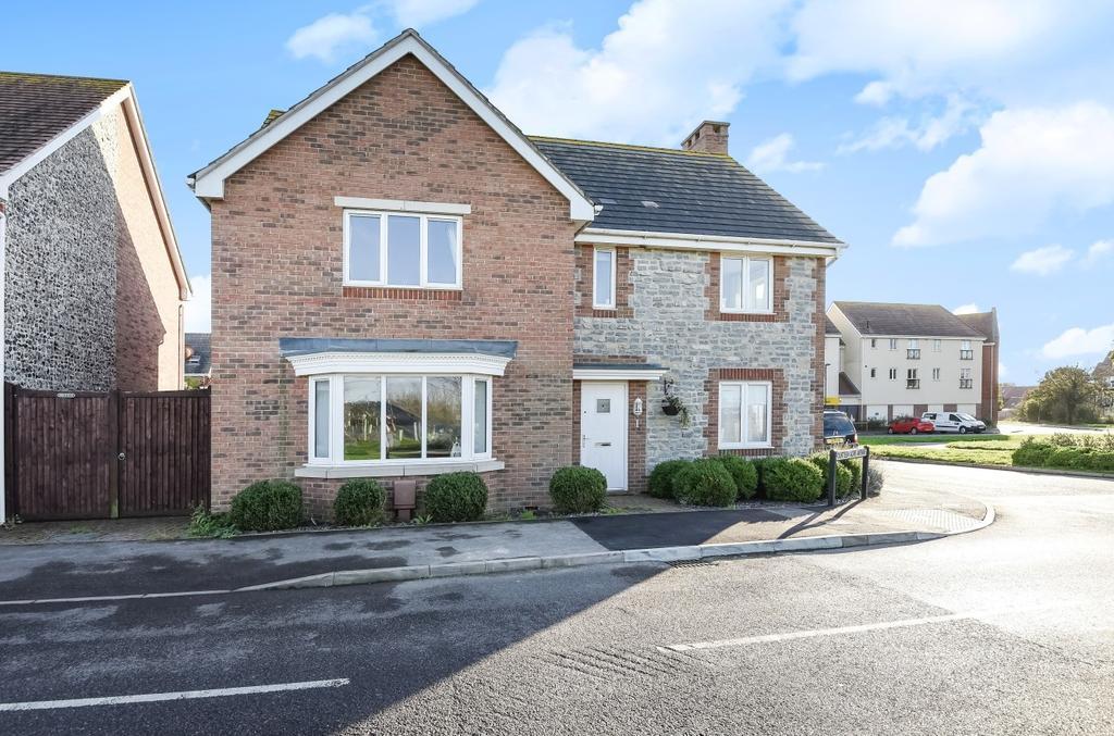4 Bedrooms Detached House for sale in Fourteen Acre Avenue, Felpham, Bognor Regis, PO22