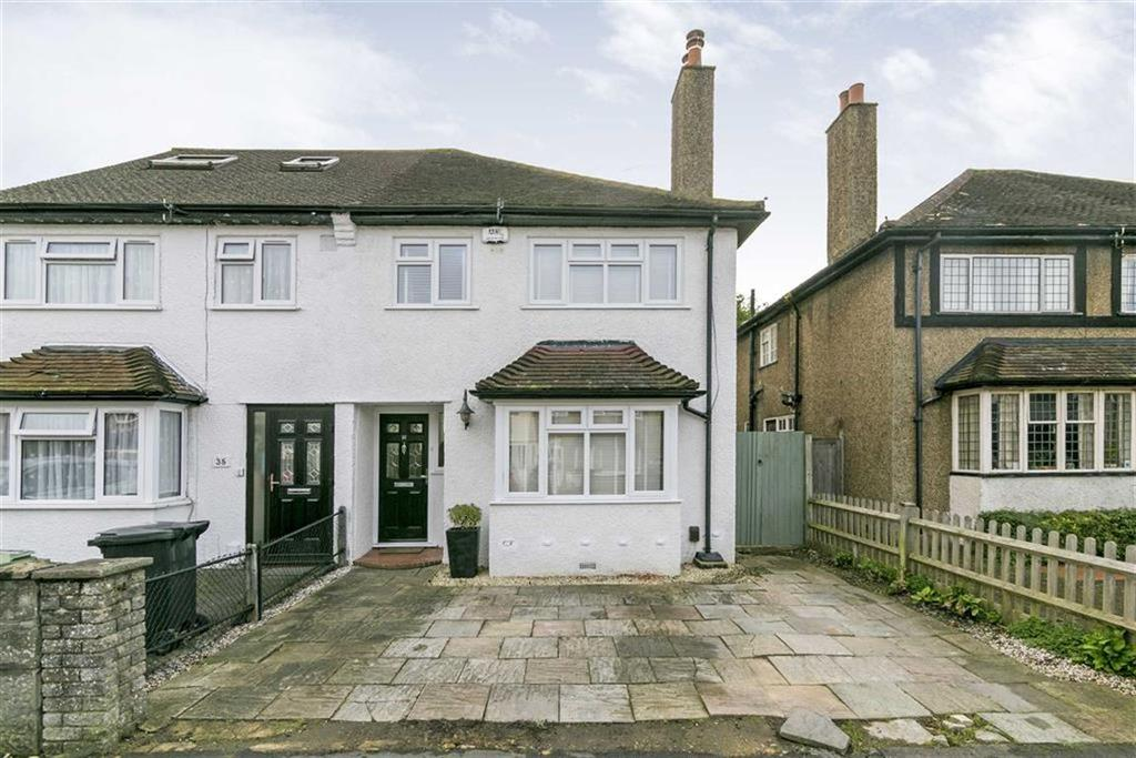 3 Bedrooms Semi Detached House for sale in Horsley Close, Epsom, Surrey