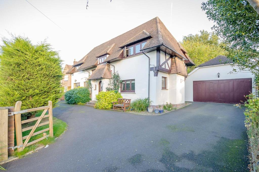 4 Bedrooms Detached House for sale in The Landway, Maidstone, Kent