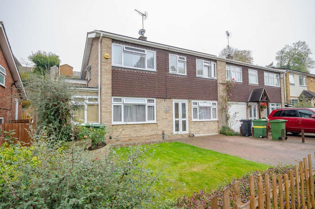 4 Bedrooms Semi Detached House for sale in Chapman Avenue , , Maidstone , Kent