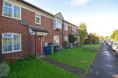3 bedroom terraced house to rent - Hulatt Road, Cambridge, Cambridgeshire, CB1