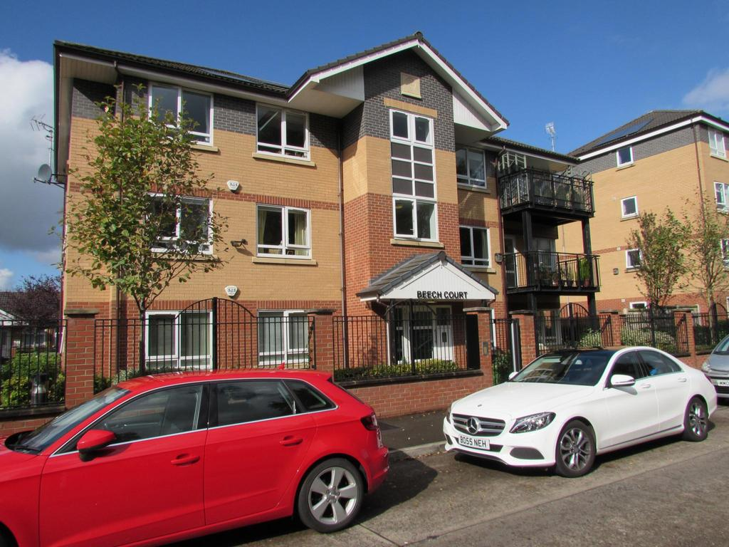 2 Bedrooms Flat for sale in Beech Court, 49 Painswick Road, Manchester, M22