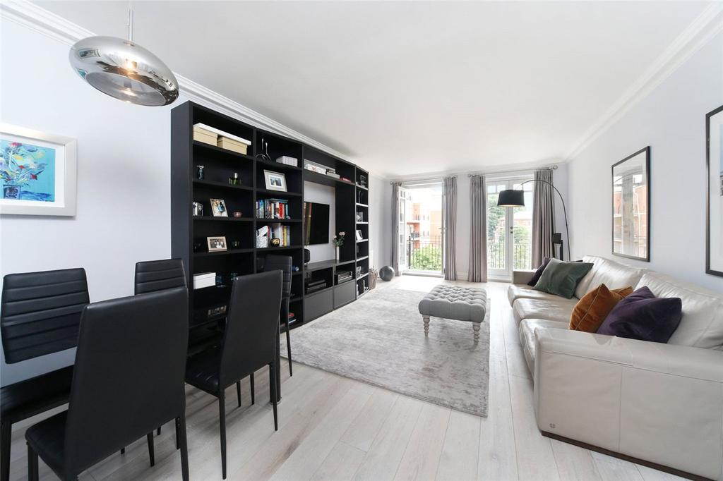 2 Bedrooms Flat for sale in Blanchard House, Clevedon Road, East Twickenham, TW1