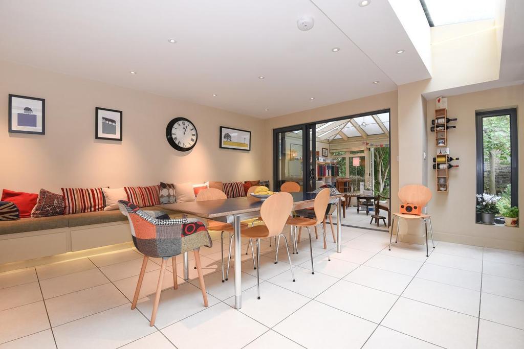 4 Bedrooms Terraced House for sale in Cromford Road, Putney