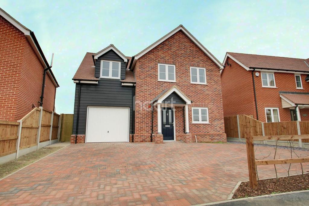 4 Bedrooms Detached House for sale in Larks Meadow, Thorrington