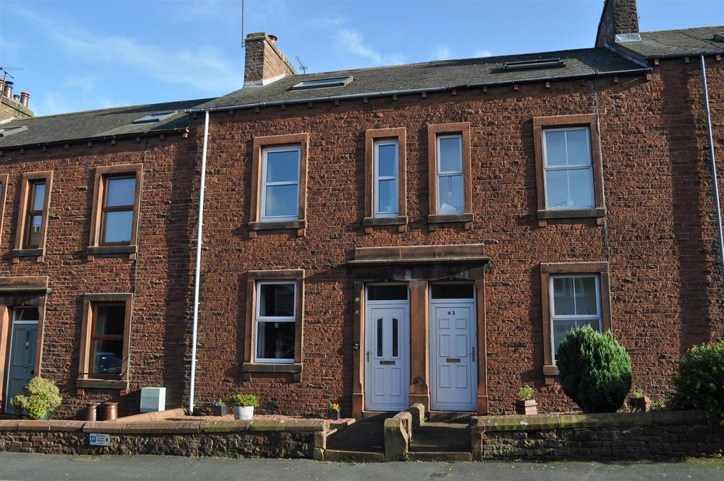 3 Bedrooms Terraced House for sale in Musgrave Street, Penrith