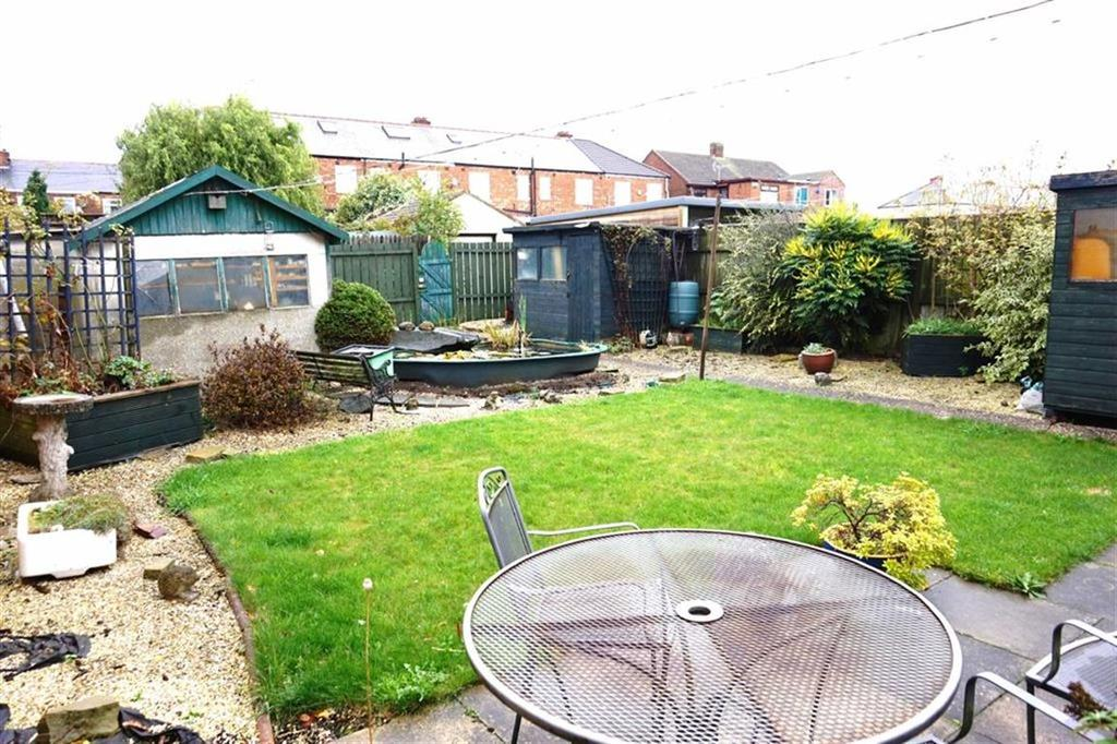 3 Bedrooms End Of Terrace House for sale in Bedford Road, Hessle, Hessle, HU13