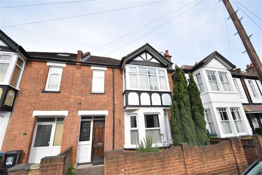 4 Bedrooms Semi Detached House for sale in Queens Avenue, Watford, Herts