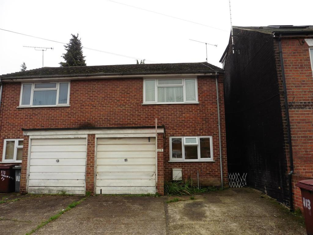 2 Bedrooms Semi Detached House for sale in Sherwood Street, Reading