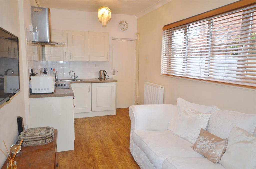 1 Bedroom Flat for sale in Stamshaw Road, Stamshaw, Portsmouth