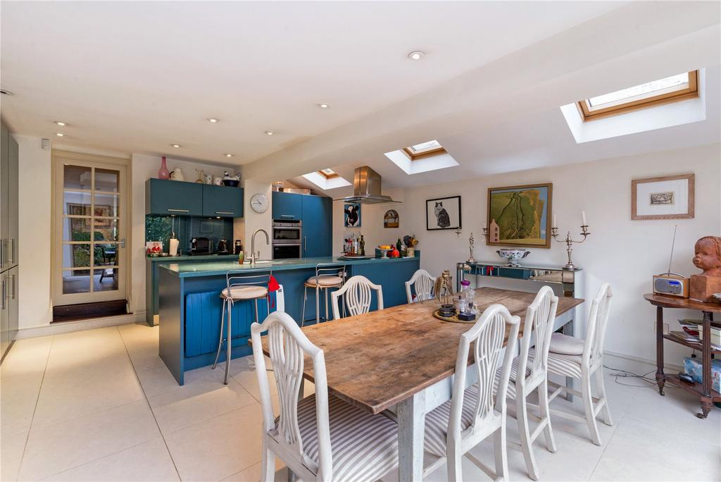 4 Bedrooms Terraced House for sale in Eland Road, London, SW11