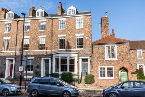 6 bedroom end of terrace house for sale - Monkgate, York, YO31