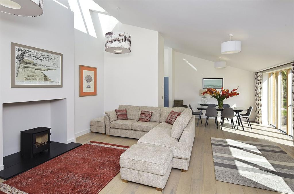 4 Bedrooms Detached Bungalow for sale in Sudbourne Park, Sudbourne, Woodbridge, Suffolk, IP12