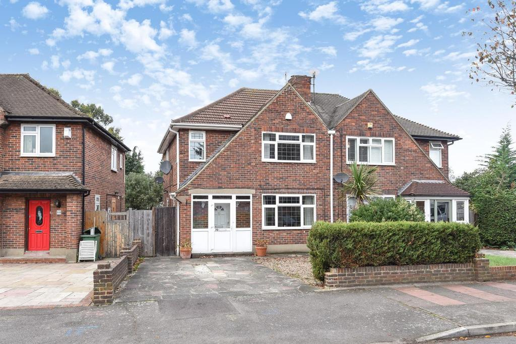 3 Bedrooms Semi Detached House for sale in Balmoral Avenue, Beckenham